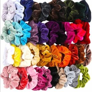 30 scrunchies pack! Never worn and velvety 😍